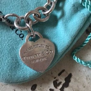 TIFFANY AND CO bracelet !!